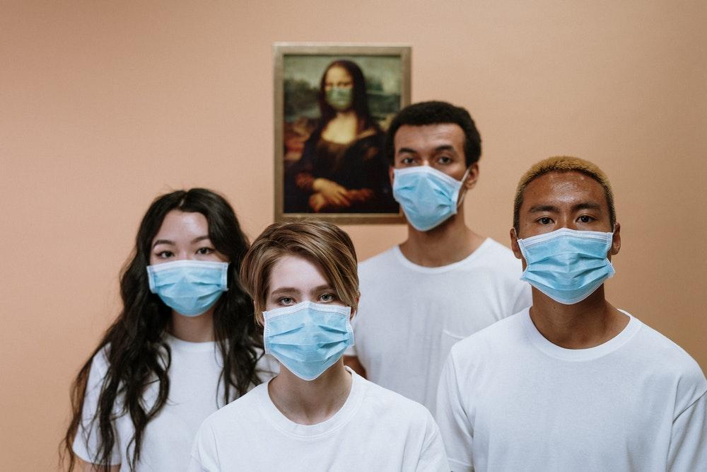 Difese immunitarie: come aumentarle contro il Coronavirus